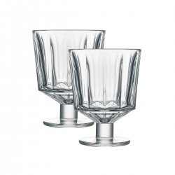 2 wine glasses City